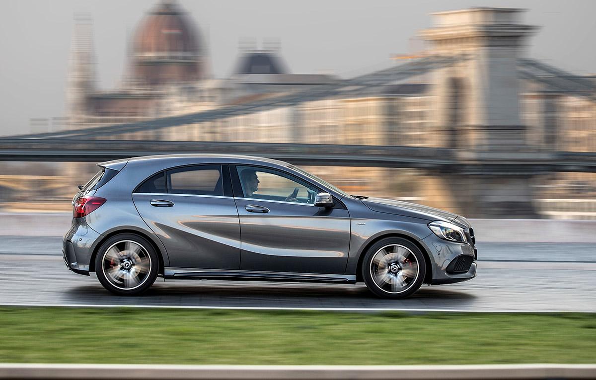Moda downsizingului va atinge i viitorul mercedes benz for Mercedes benz field