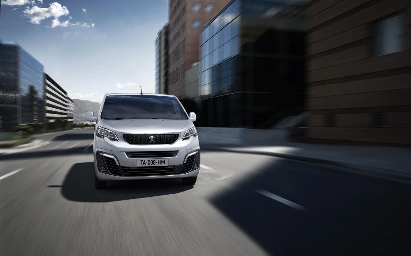 Cagliari: Concessionaria d'auto cerca Expert per accompagnare i clienti nel test drive