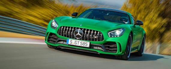 Noul Mercedes-AMG GT R