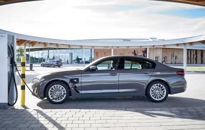 BMW 520e Sedan