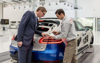 Porsche - prime pentru angajati