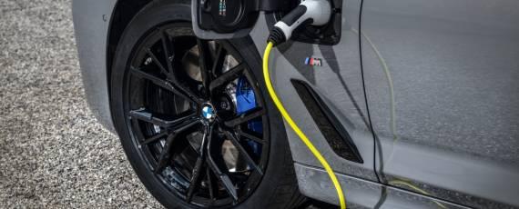 Noul BMW 545e xDrive (05)