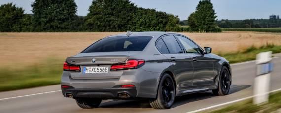 Noul BMW 545e xDrive (02)