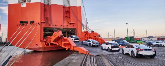 Livrari BMW i3 si i8