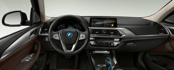 BMW iX3 - preturi Romania (03)