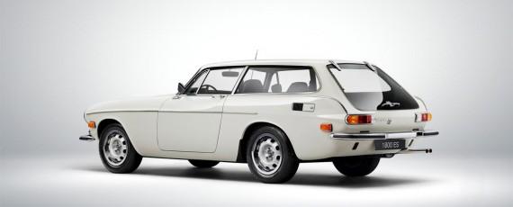 Volvo 1800 ES (01)