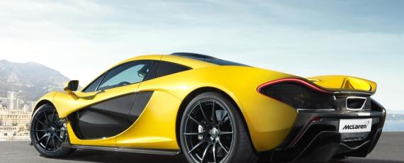 McLaren P1 - lateral