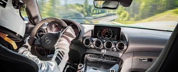 Noul Mercedes-AMG GT R (10)