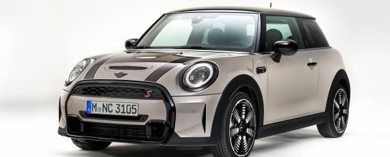 MINI facelift 2021 (12)
