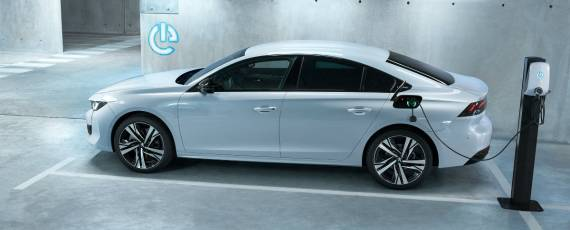 Peugeot - Geneva 2019 (03)