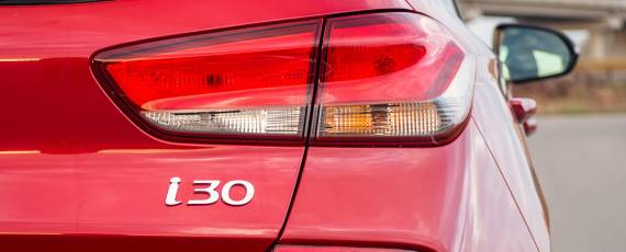 Test Hyundai i30 1.4 DIG-T 7DCT (09)
