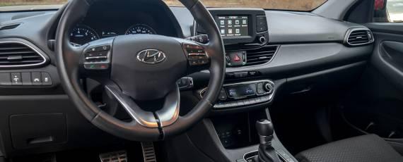 Test Hyundai i30 1.4 DIG-T 7DCT (21)