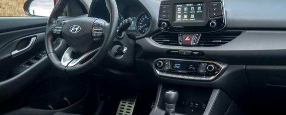 Test Hyundai i30 1.4 DIG-T 7DCT (18)