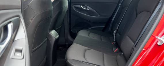 Test Hyundai i30 1.4 DIG-T 7DCT (34)