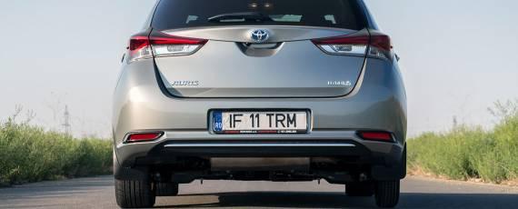 Test Toyota Auris Hybrid Black Edition (03)
