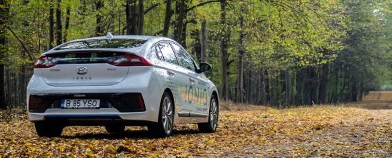 Test Hyundai IONIQ Hybrid (06)