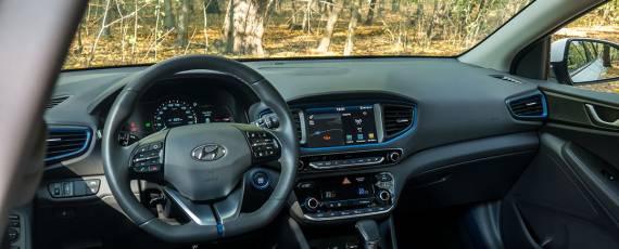 Test Hyundai IONIQ Hybrid (20)