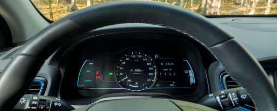 Test Hyundai IONIQ Hybrid (24)