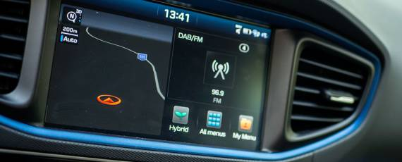 Test Hyundai IONIQ Hybrid (29)