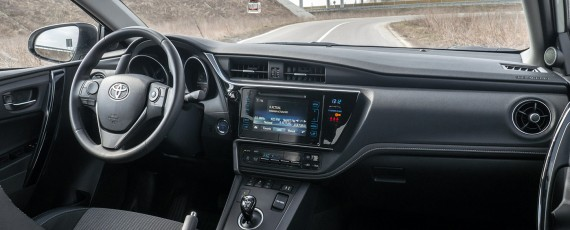 Test Toyota Auris Hybrid facelift (14)