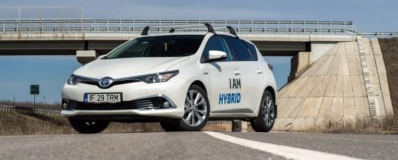 Test Toyota Auris Hybrid facelift (04)