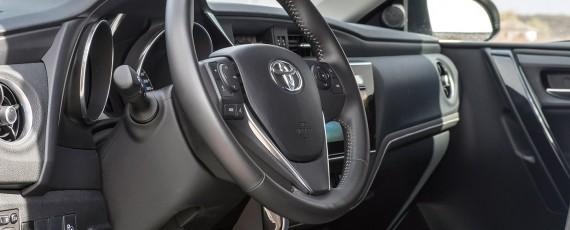 Test Toyota Auris Hybrid facelift (16)