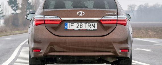 Test Toyota Corolla 1.6 Valvematic Multidrive S (03)