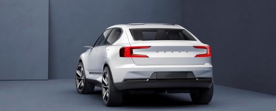 Volvo 40.2 Concept - S40 (02)