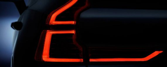 Volvo XC60 - teaser foto (02)