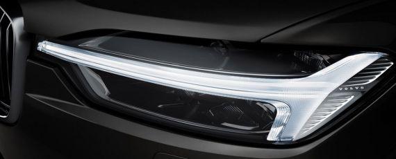 Volvo XC60 - teaser foto (03)