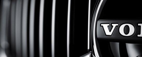 Volvo XC60 - teaser foto (05)