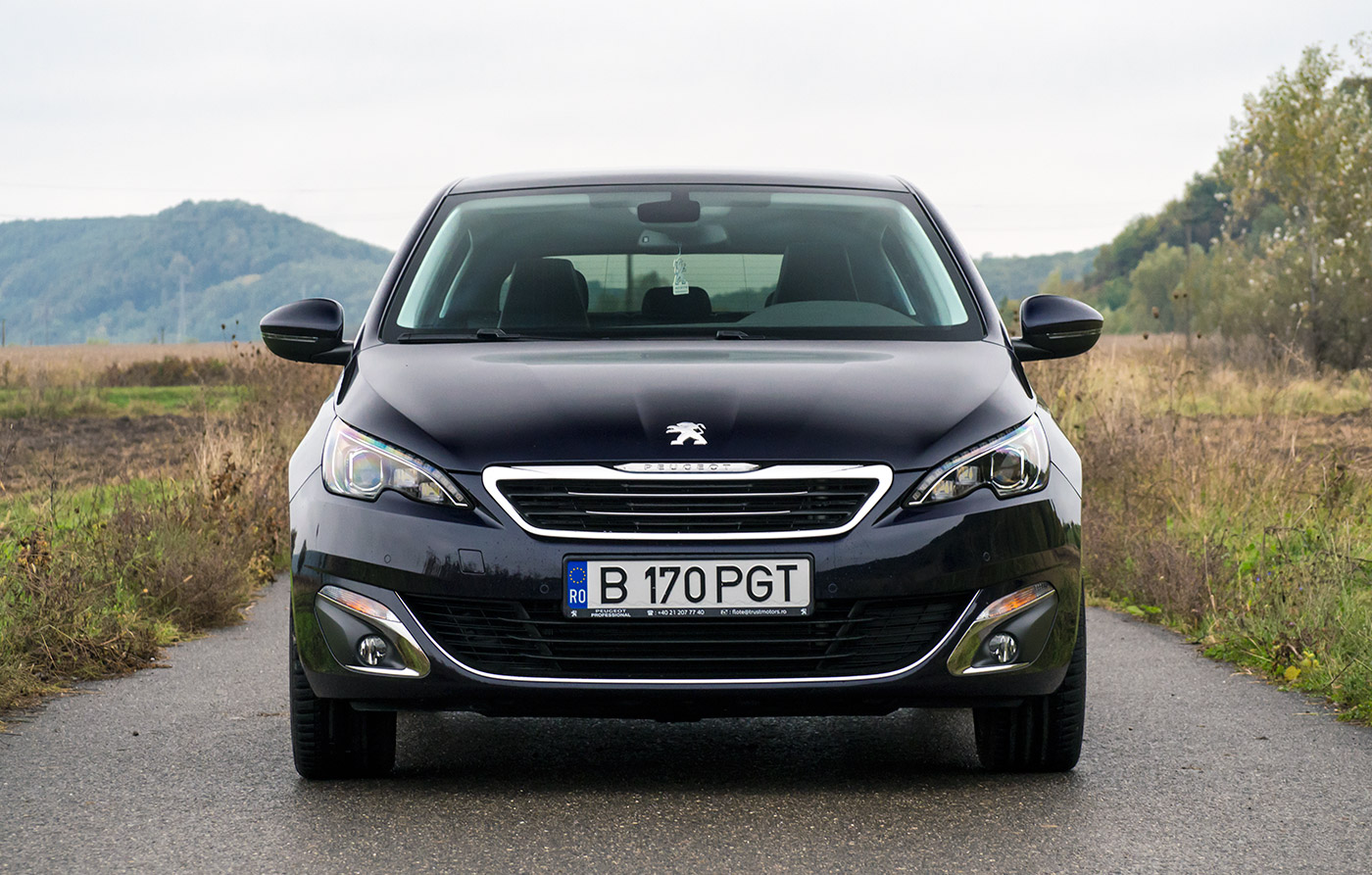 test drive peugeot 308 1 2 puretech 130 eat6 allure auto testdrive. Black Bedroom Furniture Sets. Home Design Ideas