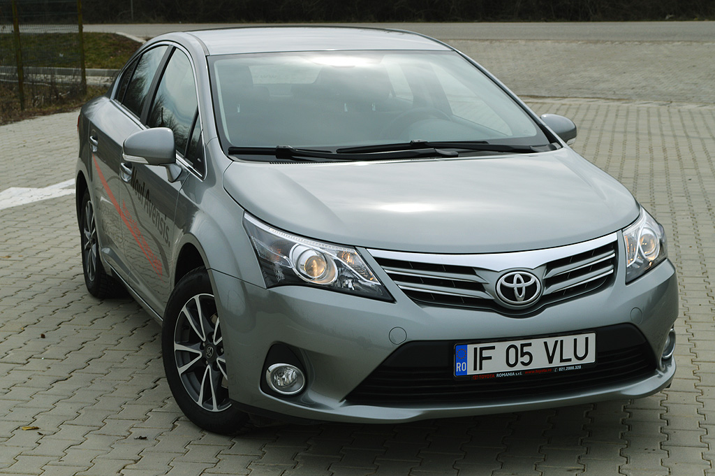 test drive unlimited toyota avensis. Black Bedroom Furniture Sets. Home Design Ideas