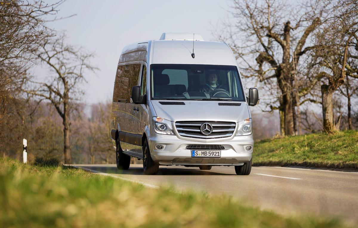 Mercedes benz ne prezint edition sprinter auto testdrive for Mercedes benz field