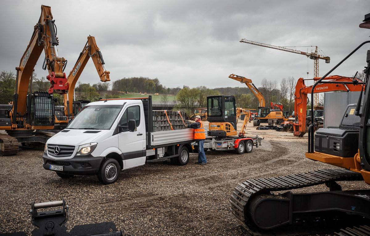 Noul Sprinter 2018 >> Mercedes-Benz adaugă în oferta Sprinter o versiune de 5.5 tone | Auto TestDrive