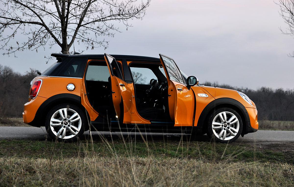 test drive mini cooper s cinci u i auto testdrive. Black Bedroom Furniture Sets. Home Design Ideas
