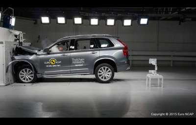 Noul Volvo XC-90 - test Euro NCAP