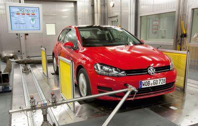 VW Golf - cel mai vandut model din Europa 2015