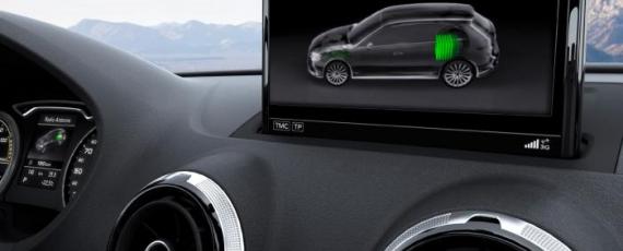 Audi A3 e-tron - display-ul central