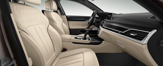 Noul BMW M760Li xDrive (16)