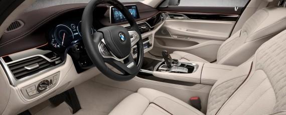 Noul BMW M760Li xDrive V12 Excellence (07)