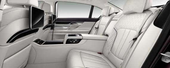Noul BMW M760Li xDrive V12 Excellence (08)