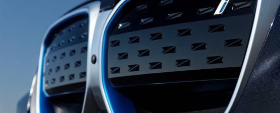 BMW iX3 facelift (03)