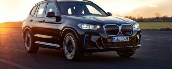 BMW iX3 facelift (01)