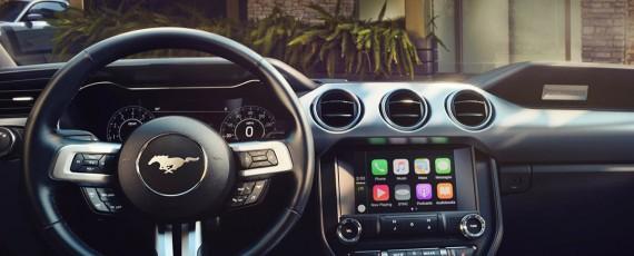 ma inile ford dotate cu sync 3 vor beneficia de compatibilitate apple carplay i android auto. Black Bedroom Furniture Sets. Home Design Ideas