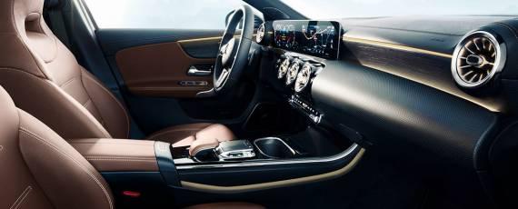 Mercedes-Benz A-Class 2018 - interior (05)