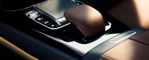 Mercedes-Benz A-Class 2018 - interior (06)