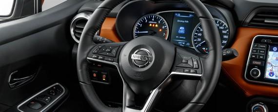 Nissan Micra 2017 (11)