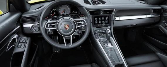 Noul Porsche 911 Carrera 4S - interior