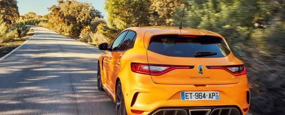Renault Megane RS 2018 - cifre de performanta (01)